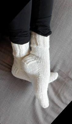 Crochet Socks Patterns Toe Up : 30 Creative Crochet Sock Patterns - Patterns Hub