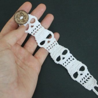 Crochet Bookmark Bracelet