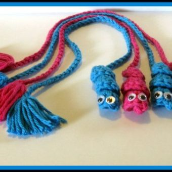 crochet bookworm bookmark instructions