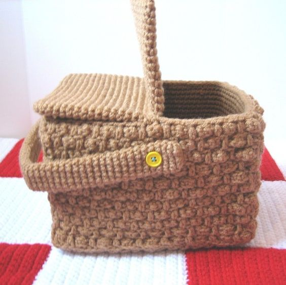 Crochet Rectangle Basket Pattern Free : 26 Crochet Basket Patterns for Beginners ? Patterns Hub