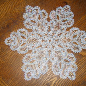 free crochet snowflake doily patterns
