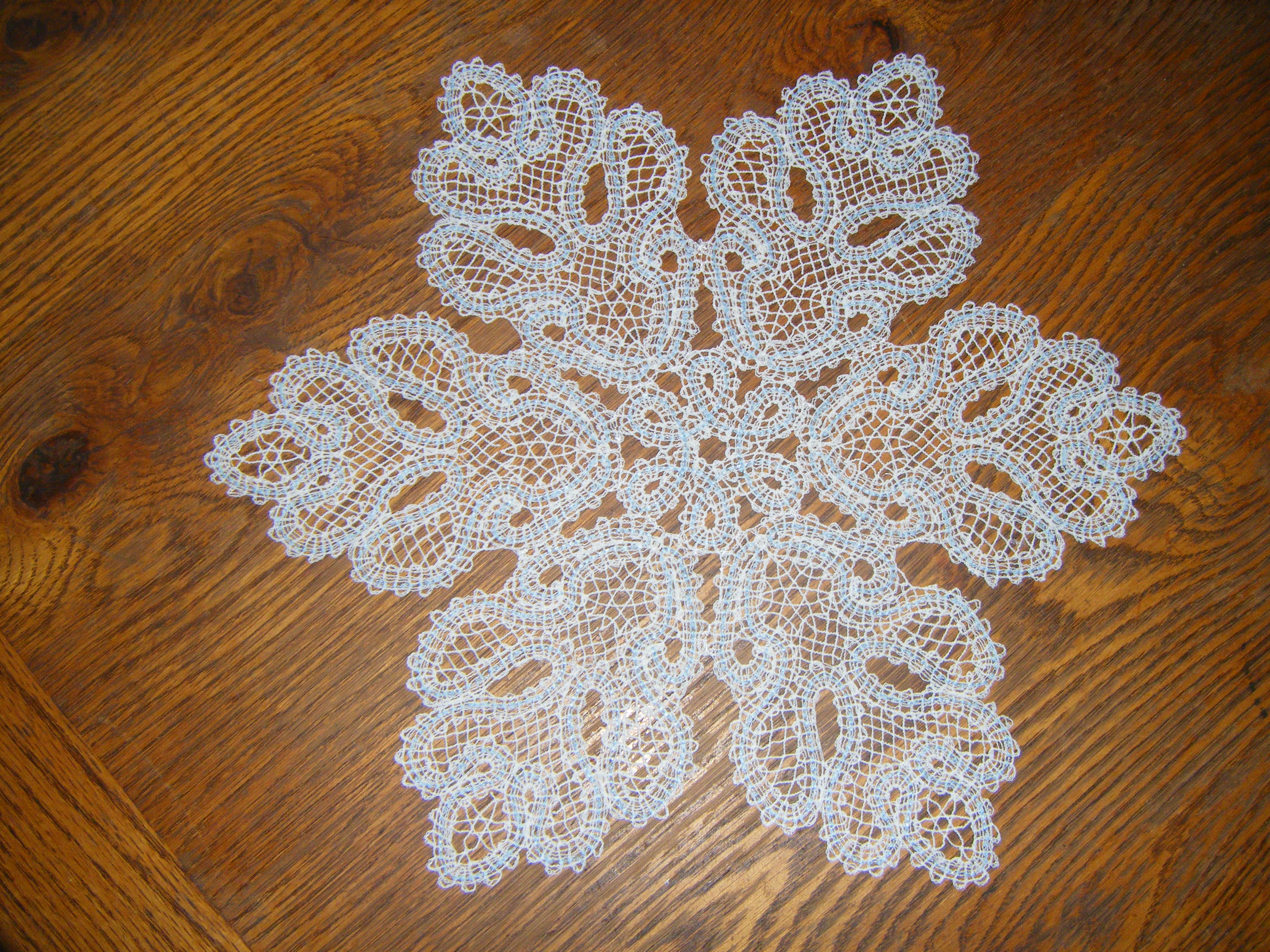 How to crochet snowflake patterns 33 amazing diy patterns for free crochet snowflake doily patterns bankloansurffo Images