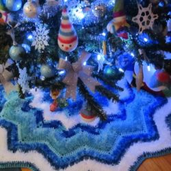 pattern for crochet tree skirt