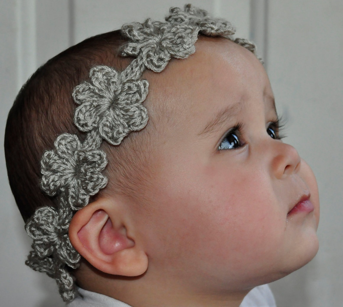 23 Cute Crochet Crown Patterns For Every Need - Patterns Hub