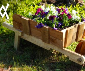 wooden pallets as planters