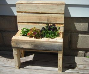 Wooden Pallet Planter Bench