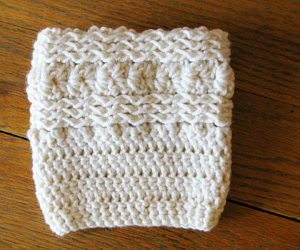 super easy crochet boot cuffs