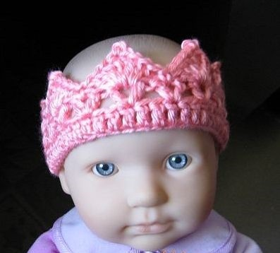 23 Cute Crochet Crown Patterns For Every Need Patterns Hub