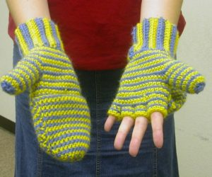 fingerless gloves crochet pattern with mitten top