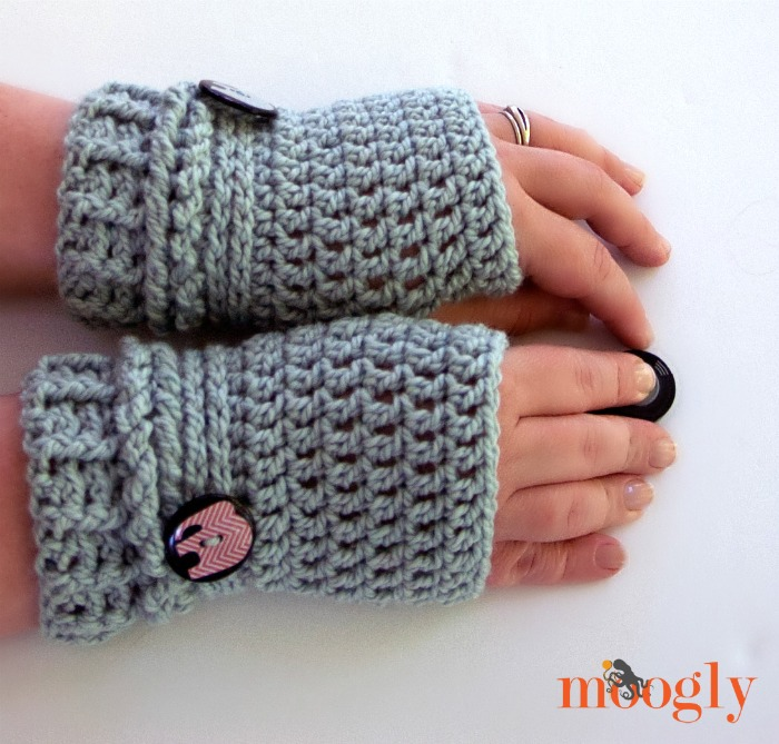 38 Colorful Fingerless Gloves Crochet Patterns Patterns Hub
