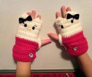hello kitty fingerless gloves crochet pattern free