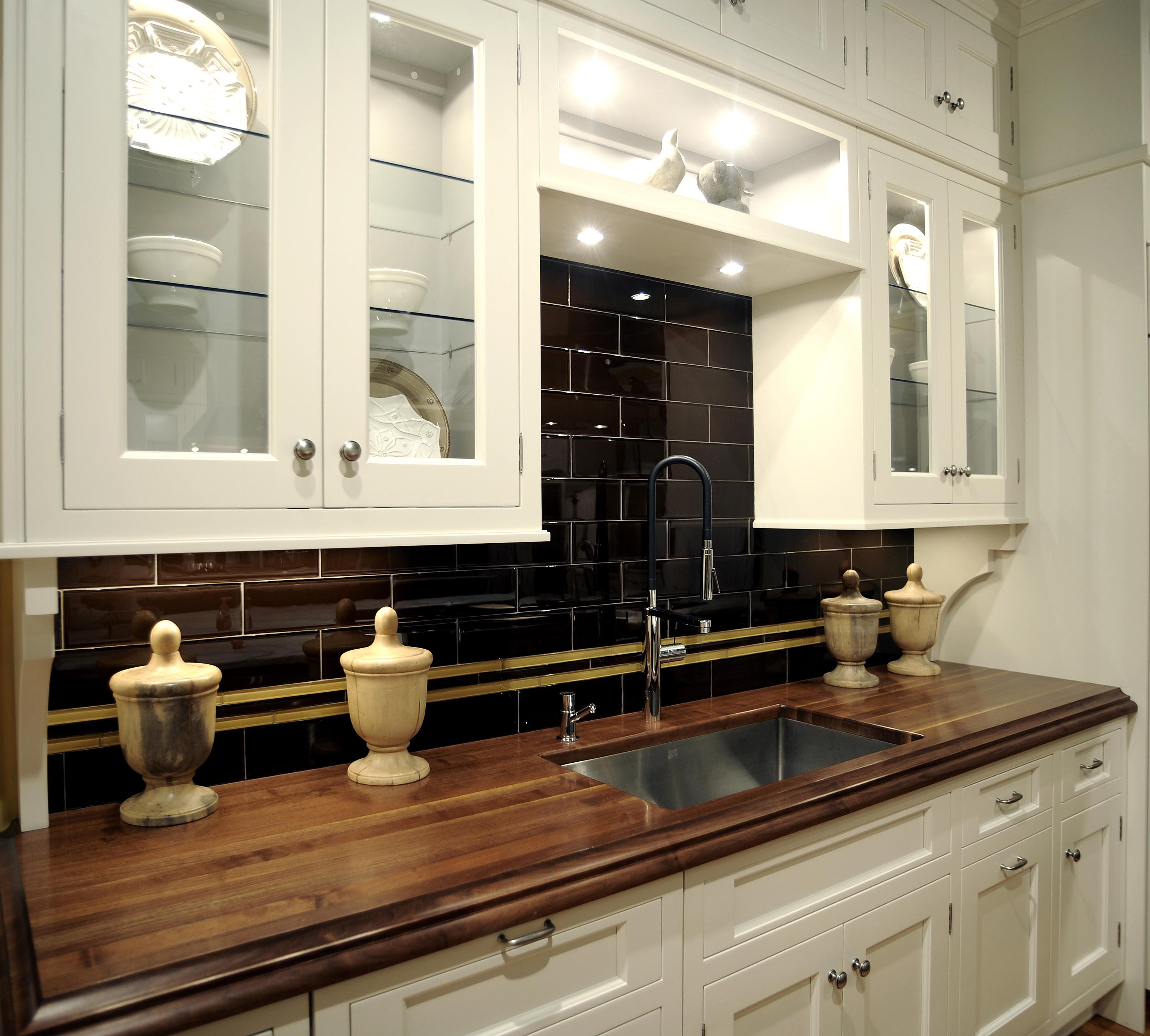 Best Countertops For Kitchen: 20 Ideas For Installing A Wooden Countertop At Your Home