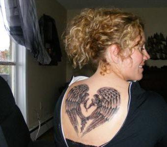 22 Amazing Angel Tattoos for Women