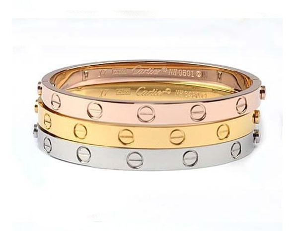 it bracelet why love jewelry s statement cartier a powerful unique the and