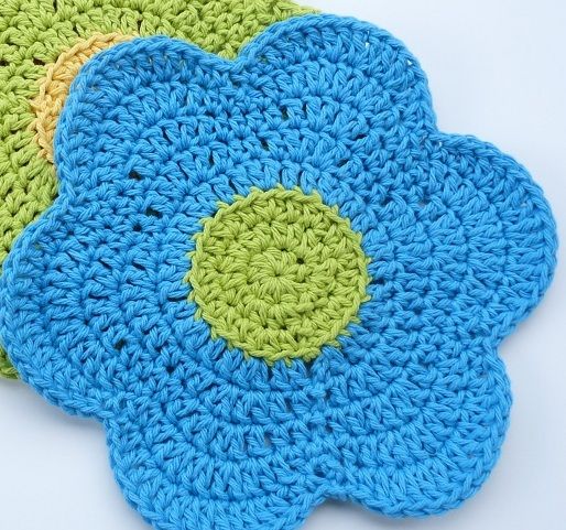 Medium Crochet Flower Pattern : 34 New Crochet Dishcloth Patterns For Free ? Patterns Hub