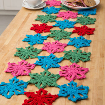 Crochet Snowflake Table Runner Pattern