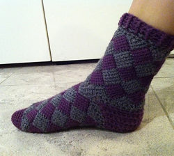 Crochet sock pattern for adults