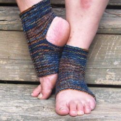 Crochet Yoga Socks Pattern