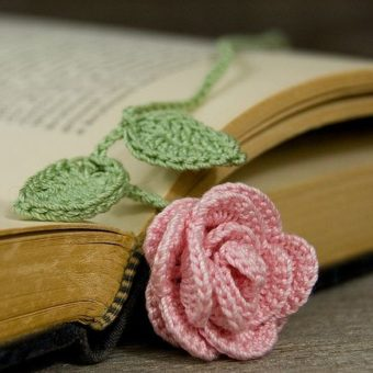 crochet rose bookmark pattern free