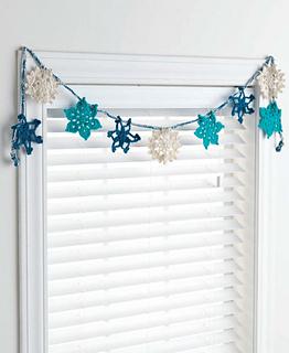crochet a snowflake pattern
