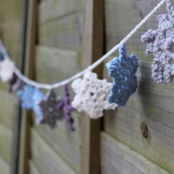 crochet snowflake garland pattern free