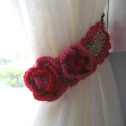 Curtain Tie Back with Ribbon Roses