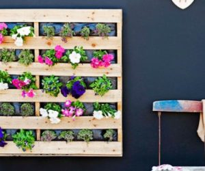 wooden pallet flower holder
