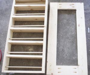 DIY Pallet Spice Rack