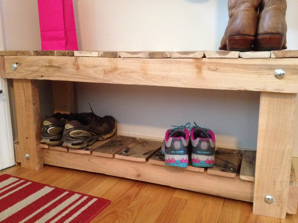 30 pallet shoe rack ideas to suit different tastes patterns hub Shoe cabinet bench