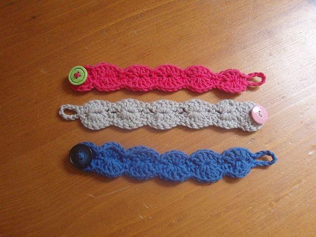 25 Free Crochet Bracelet Patterns For Beginners - Patterns Hub