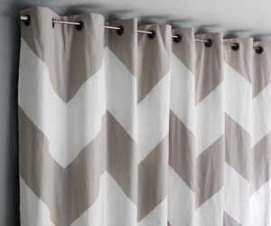 Easy No-Sew Bedroom Curtain