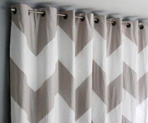 Easy No-Sew Bedroom Curtain