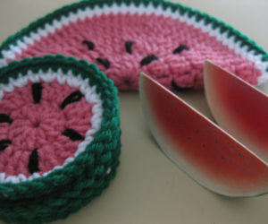 Crochet Coaster for Christmas