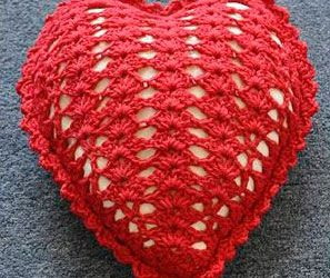 How to Crochet a Heart Pillow