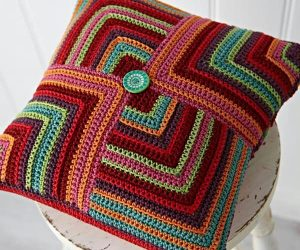 Free Crochet Pattern for Pillow