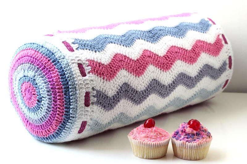 40 Inspiring Crochet Pillow Patterns Patterns Hub New Bolster Pillow Cover Pattern