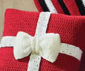 crochet pillow pattern christmas