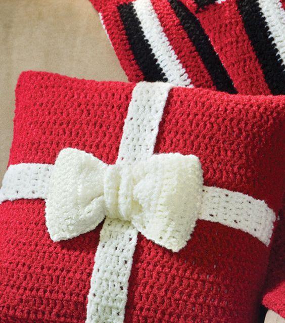 36 Inspiring Crochet Pillow Patterns Patterns Hub