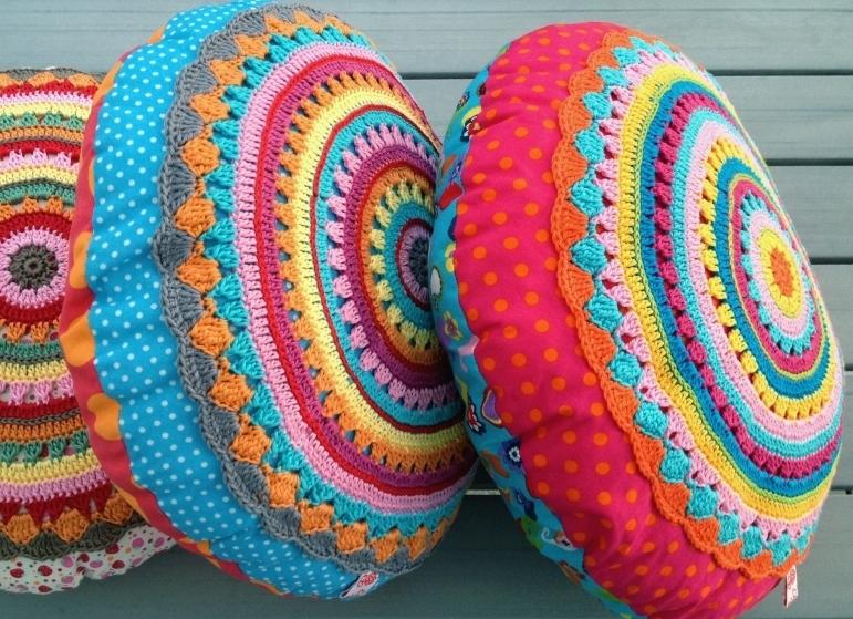 36 Inspiring Crochet Pillow Patterns - Patterns Hub